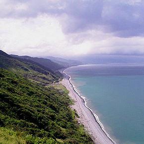 阿塱壹古道美麗的海岸線,圖片節錄自:陳秉亨相本。