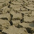 2002年北部大缺水,農業與工業用水就上演了一場「搶水大戰」,民眾苦不堪言。