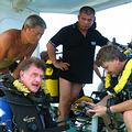 大深度潛水可深達海底80公尺