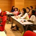 成員與學者的互動密切頻繁,圖為詹長權教授與成員之間的討論。