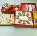 過度包裝的禮品,徒增收禮者的煩惱。(圖片來源:環保署)
