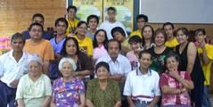 重光部落青年文史調查小組成員與部落耆老合影