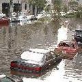 紐奧良因卡崔娜颱風造成之洪患而受到強制撤離。攝於2005年8月20日。圖片來源:ENS
