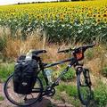 一人單車環法,追尋阿姆斯壯的足跡。